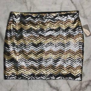 💥 Forever 21 chevron sequined mini skirt L